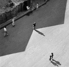 Fan Ho - W, from his photobook 'A Hong Kong Memoir' in which he introduced. - Fan Ho – W, from his photobook 'A Hong Kong Memoir' in which he introduced viewers to H - Fan Ho, Hong Kong, Street Photography, Art Photography, Urban Life, Light And Shadow, Black And White Photography, Photo Book, Light In The Dark