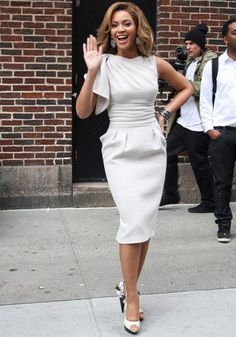 Best 50+ Best Beyonce Outfits - Beyonce Style Inspiration https://fashiotopia.com/2017/04/25/50-best-beyonce-outfits-beyonce-style-inspiration/ Wang's design isn't just a very good maternity dress, it is a safe one. She wasn't known for bringing a specific designer into the spotlight. Naturall...