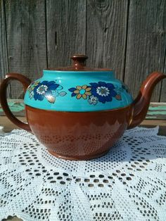 Check out this item in my Etsy shop https://www.etsy.com/listing/209808254/retro-sadler-staffordshire-ceramic-brown
