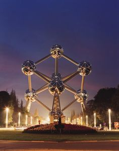 The Atomium, built for the 1958 World's Fair and reopened this winter after renovation. has tours, a restaurant, and a bar, all offering superb views