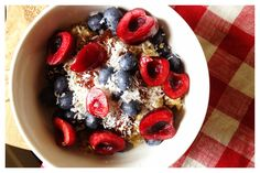 Recipe: Coconut Quinoa Breakfast Bowl | In Pursuit of More