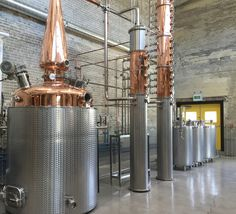 The still is installed at Cirka Distillerie in Montreal, Québec. As of August 2015 the Grand opening is not announced yet. Distilling Alcohol, Copper Pot Still, Site Sign, Bottle Shop, Mini Bottles, Gin And Tonic, Circle Design, Distillery, Spirit