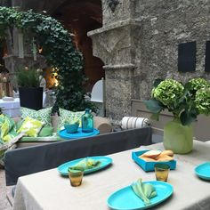 Ein schön gedeckter Tisch sorgt für besonderen Flair! #tischdeko