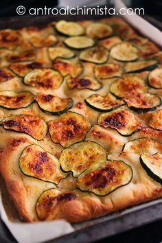 L'Antro dell'Alchimista: Focaccia alle Zucchine e Grana - Focaccia with Zucchini and Grana Cheese