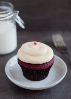 Georgetown Cupcake's Red Velvet and cream cheese icing recipe