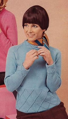 Pink & Blue 1960s V-Neck Long Sleeve Pullover by TheStarShop