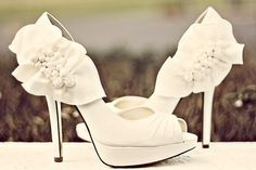 wedding shoes...if I were wearing heels...THESE would be IT!!!