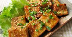 ★800れぽ感謝★豆腐だけでもメインになれます!小麦粉をつけてコンガリ焼いて甘酢醤油&ピリ辛。ご飯もススムおかずに変身!