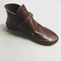 357 Followers, 209 Following, 161 Posts - See Instagram photos and videos from Adam Harvey (@harveybuilt) Minimalist Shoes, Ankle, Photo And Video, Videos, Instagram Posts, Photos, Fashion, Moda