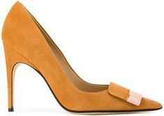 Sergio Rossi sr1 pumps #sergiorossipumps #sergiorossisr1 Emerald Green Heels, Sergio Rossi Boots, Shoe Boots, Shoes Heels, Shoe Shoe, Sr1, Shoe Clips, Tabata, Me Too Shoes