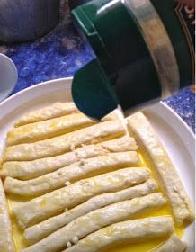 Mandy's Food for Thought: Quick Garlic Breadsticks, no yeast needed