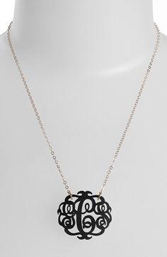 Monogram pendant necklace http://rstyle.me/n/trpqznyg6