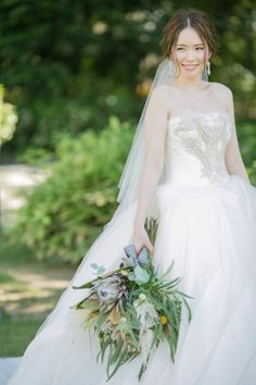 ELEGANT MODERN BOHEMIAN / WEDDING | ARCH DAYS Corset Back Wedding Dress, One Shoulder Wedding Dress, Bohemian Wedding Dresses, Bridal Dresses, Modern Bohemian, Elegant Wedding, Wedding Bouquets, Marie, Wedding Hairstyles