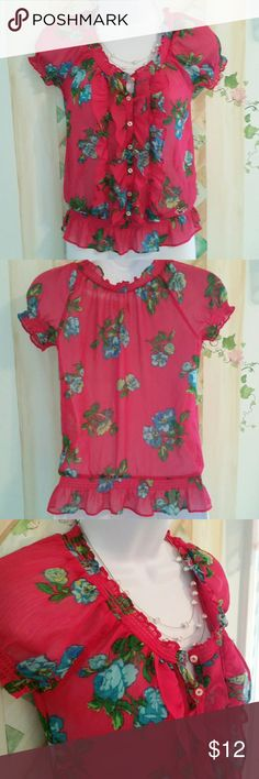 Hollister Hot Pink Floral Top Adorable hot pink floral from Hollister. Great condition, no issues. Necklace not included :) Hollister Tops Blouses