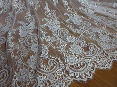 Gorgeous Chantilly Lace Fabric in Ivory for Wedding dress, Capelet, Bridal bolero, Evening gown or Costumes