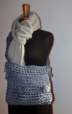 e253b0855c borsa in fettuccia di cotone blu a righine bianche in stile jeans con fiore  fatto con