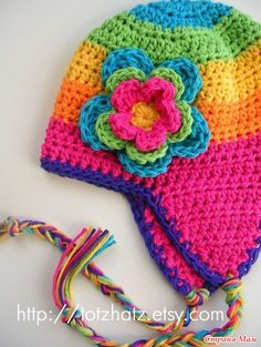 Good to have in your pattern stash - can be worked in any size, any yarn. Pattern not provided here, but should be easy to work out. Bonnet Crochet, Crochet Beanie, Knit Or Crochet, Cute Crochet, Crochet Crafts, Yarn Crafts, Crochet Projects, Girl Crochet Hat, Crochet Winter