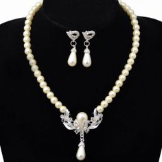 Wedding Bridal Pearl Crystal Floral Necklace Earrings Jewelry Set T01F236K05