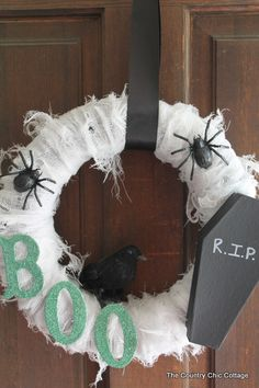 Scary Halloween Wreath minus the casket ~ * THE COUNTRY CHIC COTTAGE (DIY, Home Decor, Crafts, Farmhouse)