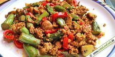 Lebe Low Carb - Low Carb Rezept | Spargel-Paprika-Hackfleischpfanne | mit Curcuma und Galgant gewürzt, auf lebelowcarb.de - dem Online Rezeptbuch für Low Carb Gerichte.
