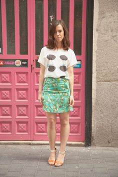 SUMMER STREETSTYLE  ♥Clara♥ wearing the Ohama T-shirt, Leylane Skirt and   Brooklin Transparent Heels.   http://kling.es/product/2178  http://kling.es/product/2198  http://kling.es/product/2075