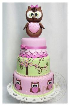 By Viva La Cake via Facebook - great Owl cake!
