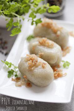 Pyzy ziemniaczane - przepis Polish Potato Dumplings Recipe, Polish Recipes, Everyday Food, Food Hacks, Food Porn, Food And Drink, Cooking Recipes, Yummy Food, Favorite Recipes