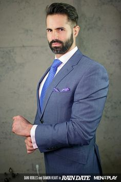 Beautiful look of elegant bearded man. Business Outfit, Business Fashion, Mens Fashion Suits, Mens Suits, Beautiful Outfits, Beautiful Men, Sexy Gay Men, Beard Model, Mr Style