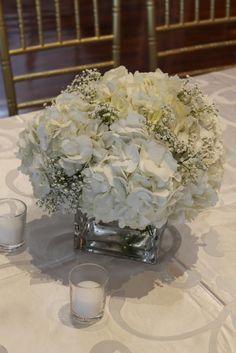 Wedding Couples, Glass Vase, Wedding Flowers, Table Decorations, Photography, Beautiful, Ideas, Home Decor, Photograph