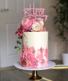 Birthday Cake Roses, Birthday Wishes Cake, 21st Birthday Cakes, Beautiful Birthday Cakes, Gorgeous Cakes, Pretty Cakes, Cute Cakes, Cake Decorating Techniques, Cake Decorating Tips