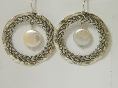 NEW Sterling Silver Round Leaffy Stripe Earrings With FW Pearl In Center