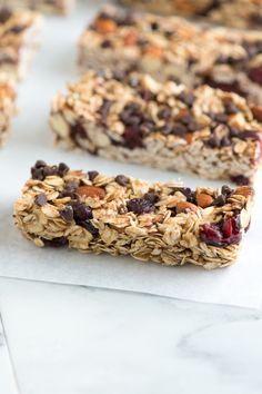 Soft and Chewy Granola Bars Recipe from www.inspiredtaste.net #recipe #granola