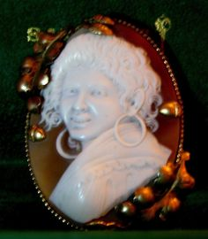 Gypsy Shell Cameo Antique Jewelry Brooch