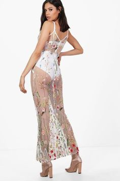 Boutique Niamh Floral Embroidered Maxi Dress | Boohoo