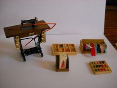 1-12-DOLLHOUSE-MINIATURE-TREADLE-SEWING-MACHINE-AND-MORE