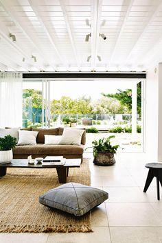 Organic Furniture: Home Decor Trends 2017