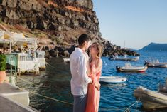 Anniversary-Santorini-Amudi-bay-photo-shoot #santorini #santoriniphotoshoot #santoriniphotosession #amoudibay #photographersantorini #santoriniphotographer
