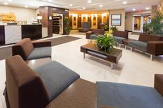 Contemporary Lobby features ample and comfortable seating