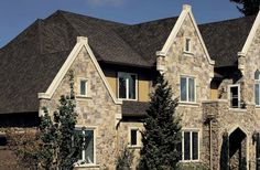 Sculpted edges, staggered lines, and triple layer depth. Presidential Shake in Autumn Blend is an amazing look for every season. Certainteed Shingles, Cedar Shingles, Roofing Shingles, Shake Shingle, Shingle Colors, Residential Roofing, Roofing Systems, Roof Repair, Roof Design