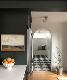 9 Spaces That Made Us Want Black & White Checkered Floors – 6 Tips for Decking Out Your Dream Craft Room - Camille Styles Dark Green Walls, Dark Walls, Teal Walls, Decoration Inspiration, Interior Inspiration, Monday Inspiration, Decor Ideas, Interior Ideas, Country Look