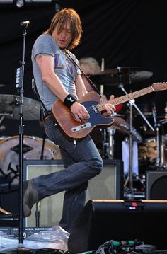 Keith Urban performs next September 2013 at #ShorelineAmp with Little Big Town and Dustin Lynch!