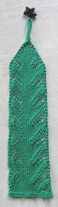 Knit Stitch Bookmark : Diamond lace bookmark free knitting pattern via siviaharding.com cross stit...