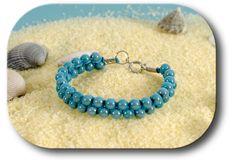 Souvent délaissée, la technique du macramé est pourtant très intéressante pour tresser des bracelets originaux avec des perles. Retrouvez le tuto gratuit sur le blog DMC.