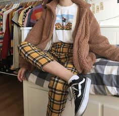 Grunge Outfits – Page 8496120925 – Lady Dress Designs Hipster Outfits, Mode Outfits, Retro Outfits, Trendy Outfits, Fall Outfits, Vintage Outfits, Soft Grunge Outfits, Disney Outfits, Vintage Clothing