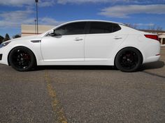Kia Optima... love these rims!