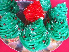 Cupcakes navidad. Ver la receta http://www.mis-recetas.org/recetas/show/34543-cupcakes-navidad