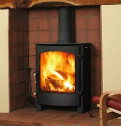 Town and Country Welburn #KernowFires #woodburner #contemporary #modern #cornwall #freestanding