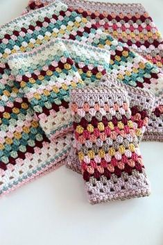 Pretty and colorful crochet cowl and mittens set in a colour scheme of your choice. Cool and easy crochet granny square pattern - find it on LoveCrochet! Granny Square Crochet Pattern, Crochet Squares, Crochet Granny, Knit Crochet, Crochet Patterns, Crochet Hats, Easy Crochet, Scarf Patterns, Granny Squares