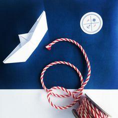 Lodička / jmenovka / origami / námořnická svatba