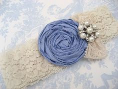 I need to look up how to make a handmade rolled rosette